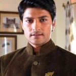 Diya Aur Baati Hum: Will Sooraj choose Bhabho over his morals?