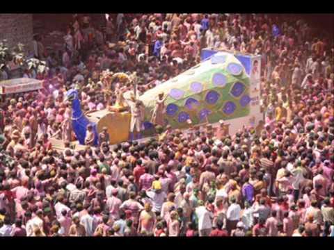 Holi hasn't ended yet, visit Rangpanchmi Rajwada Indore