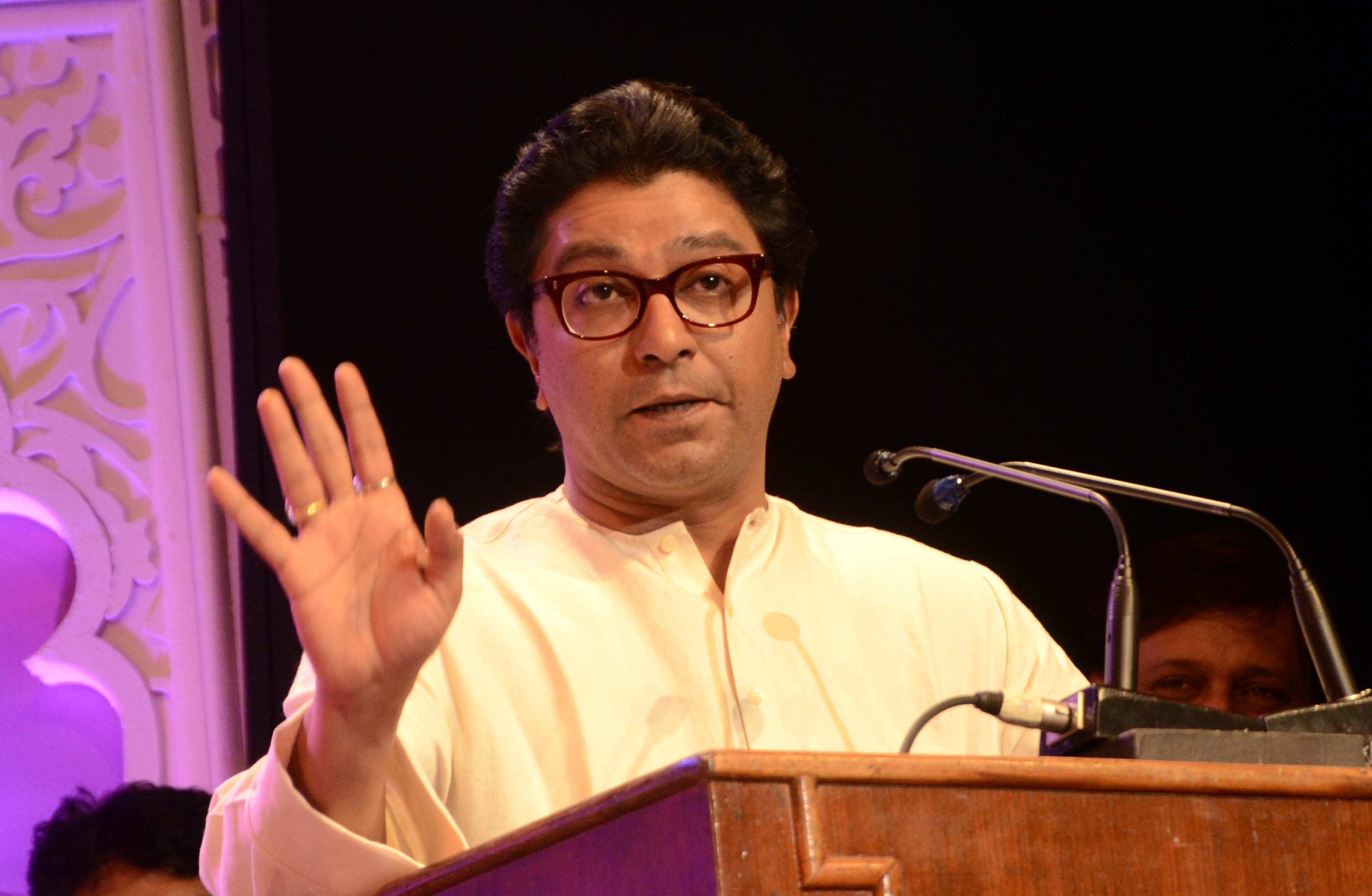 Raj Thackeray – The Rakhi Sawant of politics!