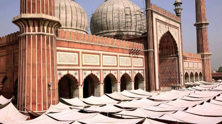 Declare Jama Masjid a 'protected site' before Shahi Imam commercialises it!