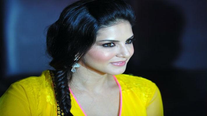 Sunny Leone, a.k.a. Karenjit Kaur Vohra: India's daughter returns home to celebrate the land of 'Kamasutra' and 'Raasleela'!