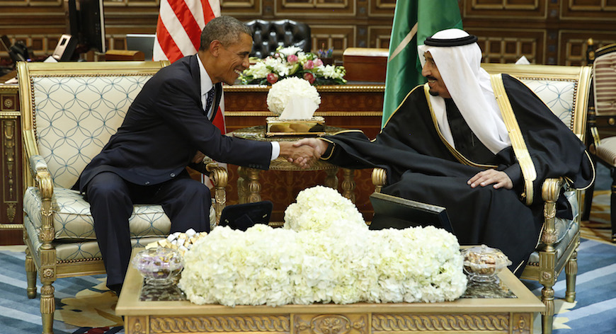 U.S. President Barack Obama (L) shakes hands with Saudi Arabia's King Salman at the start of a bilateral meeting at Erga Palace in Riyadh January 27, 2015. Obama sought to cement ties with Saudi Arabia as he came to pay his respects on Tuesday after the death of King Abdullah, a trip that underscores the importance of a U.S.-Saudi alliance that extends beyond oil interests to regional security. REUTERS/Jim Bourg (SAUDI ARABIA - Tags: POLITICS TPX IMAGES OF THE DAY) - RTR4N5LG