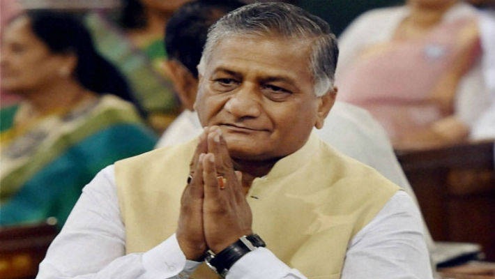 Dog bites man: VK Singh says sorry for the terrible remark, makes no impact. Congress & others still want him fried.