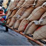 The 'sarkari' dream of India: A thousand graduates and MPhils apply for porter job in Maharashtra