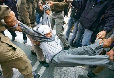 We hope Arvind Kejriwal remembers why people of Delhi voted for him