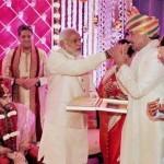Narender Modi in Sinha's private function!