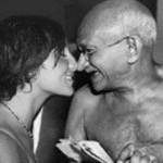 Mahatma Gandhi was fond of WOMEN, DARU and MEAT!