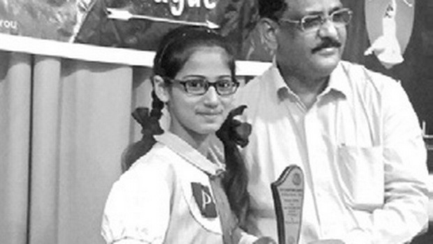 Breaking religious barriers Muslim girl bags award in Bhagwad Gita competition