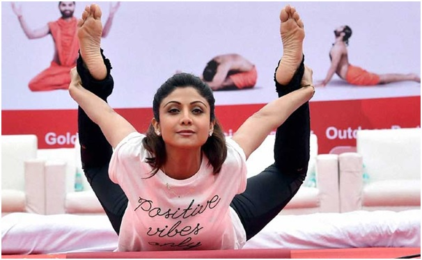 Sonia Gandhi, Rahul Gandhi, yoga day, Congress, BJP, yoga, Narendra modi, international yoga day.