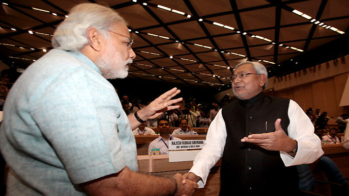 Bihar elections: Nitish Kumar swallows pride, mingles with Modi & Company. Lalu feeling left out?