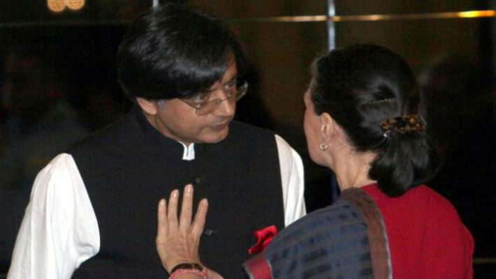 Sonia Gandhi yells at Shashi Tharoor for Oxford speech, Modi says good job! Tharoor in BJP someday?