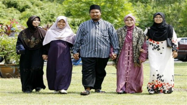 Uniform Civil Code: Polygamy is a curse of every Muslim woman, but a blessing for heinously patriarchal men!