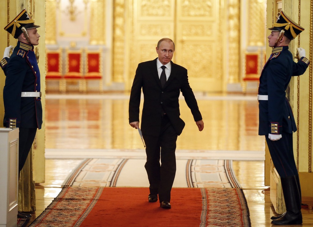 Russian martial artist President, Vladimir Putin, has a solution to finish off ISIS. Pit Al-Qaeda against it… Dangerous idea!