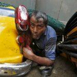 "No more ""Jaane Bhi Do Yaaron"". Kolkata flyover builder should be brought to book"